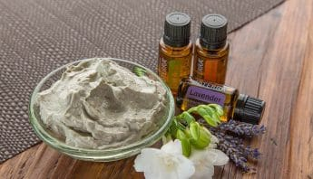 Bentonite Clay Face Mask using essential oils