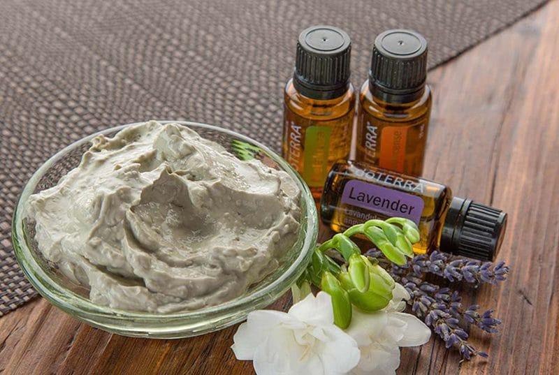 Bentonite Clay Face Mask using essential oils